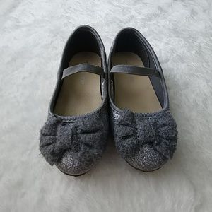 Carter's Girls Grey Sparkly Ballet Flats Size 8
